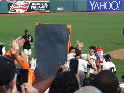 Barry-Zito-Curtain-Call-3
